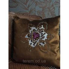 Подушка бархатная Terem Африканский цветок с бисером 50x50